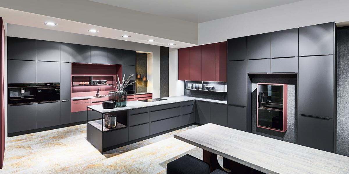Черная кухня Easytouch, nobilia