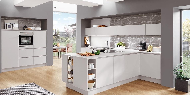 Современная белая кухня Fashion, nobilia