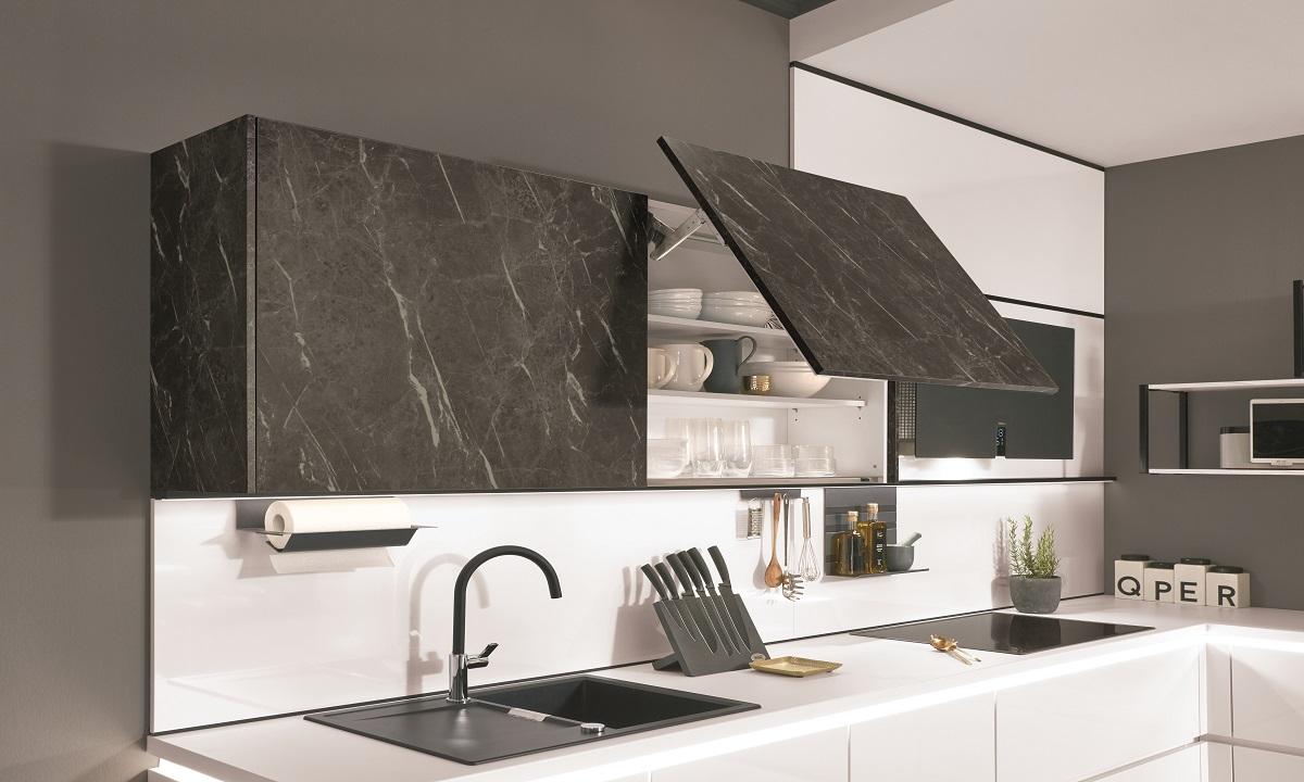 Кухня Flash с акцентом под камень, nobilia